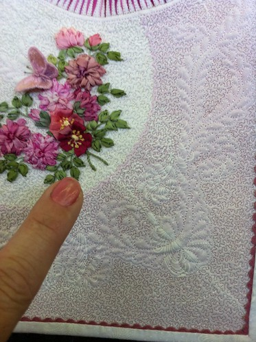 2011 Dallas Quilt Show- tiniest stippling ever!
