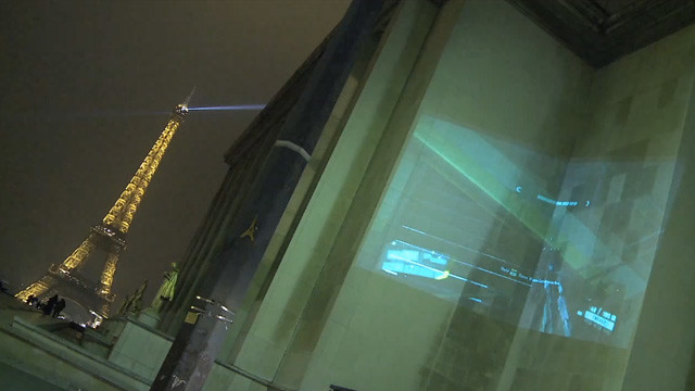 Crysis 2 live alien invasion - building projections in London and Paris