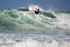 Avalon Beach (LIVEILLUSION photography) Tags: ocean beach water waves surfer sydney australia surfing beaches avalon northernbeaches 5dmark2