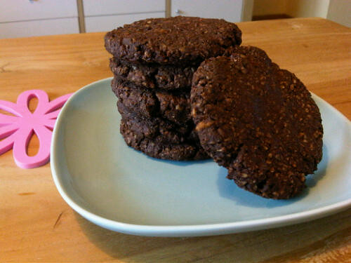 Paleo chocolate hazelnut cookies