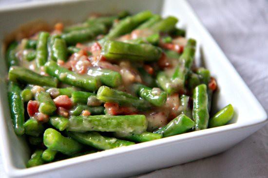 Creamy Green Beans   TheNoshery.com   #Thanksgiving