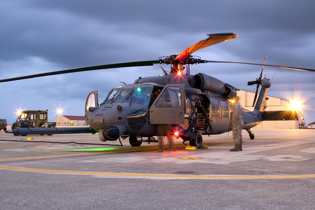 Hélicoptères de Transport Tactique/lourd - Page 2 5594229977_3b643c25d4_b