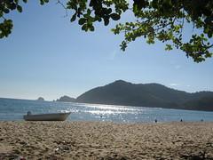 Praia do Sono (renataml) Tags: brazil praia brasil paraty mar barco rj parati sono praiadosono