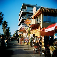 Venice Beach (emibell) Tags: color losangeles holga alt boardwalk venicebeach cocacola colorflash cfp colorfilm 2011 colorfilmphotography jodymaronissausagekingdom emibell