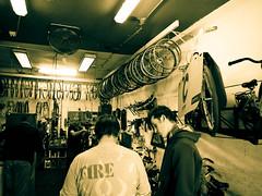 wheel-shopping (BakerlooTheReal) Tags: amsterdam bike craft fiets fietswinkel