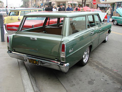 031707 Beachcruisers 115 (SoCalCarCulture - Over 32 Million Views) Tags: california cruise beach car station wagon huntingtonbeach beachcruiser dsch5 socalcarculture socalcarculturecom