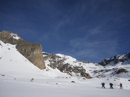 Skiers on Montagne d Arolla
