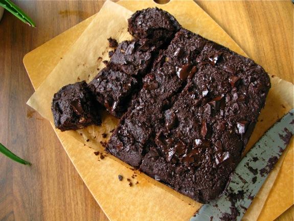 whole wheat chocolate brownies 005