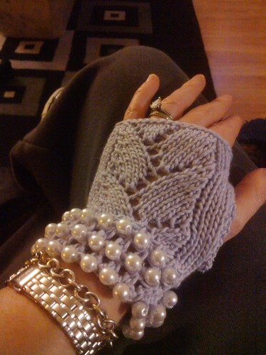 Finished glove