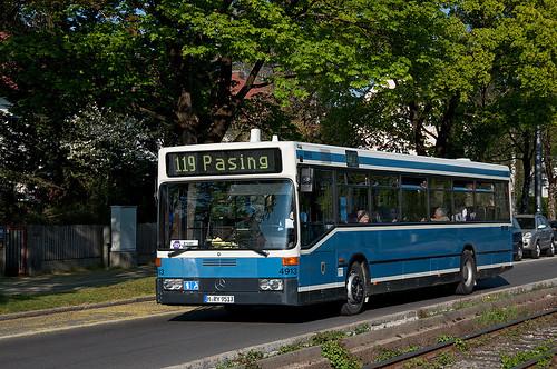 Wagen 4913 erreicht die Haltestelle Westbad