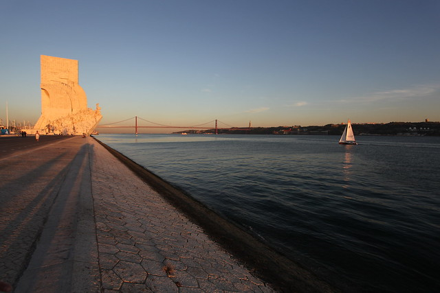 航海纪念碑(Monument to the Discoveries ) lisboa
