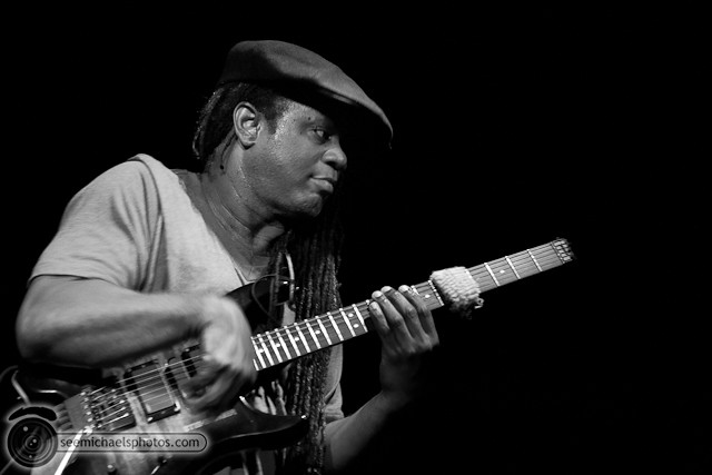 Victor Wooten at Belly Up 41811 © Michael Klayman-040