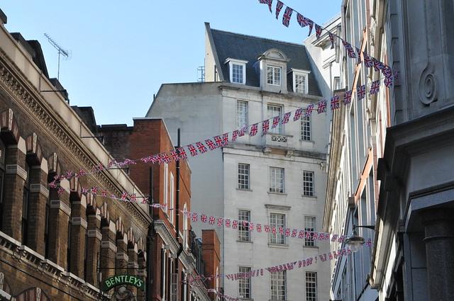 London - bunting