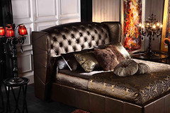 "4096 BROWN TUFTED HEADBOARD BED • <a style=""font-size:0.8em;"" href=""http://www.flickr.com/photos/43749930@N04/5744161916/"" target=""_blank"">View on Flickr</a>"