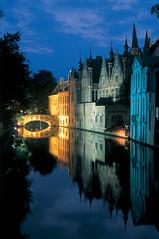 Bruges Reie by night