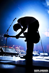 Berri Txarrak @ Sala Apolo, Barcelona 2010 (Hara Amors) Tags: barcelona show music rock metal backlight contraluz photo concert nikon foto gente photos live concierto guitarra crowd group livemusic band sala hardcore fotos musica singer 1750 grupo musik tamron f28 guitarist gorka hara berri 2010 cantante apolo directo publico d300 musika salaapolo btx txarrak livephotography livemusicphotography berritxarrak tamron1750 tamronspaf1750mmf28xrdiiildasphericalif urbizu amoros nikond300 gorkaurbizu supergrupo superbanda haraamors haraamoros tamronspaf175028xrdiii lastfm:event=1412680