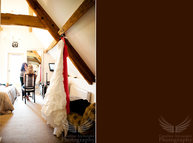 Gloucestershire Wedding Photographer gettting ready 1