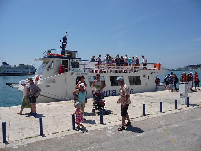 Boat Line Split-Trogir