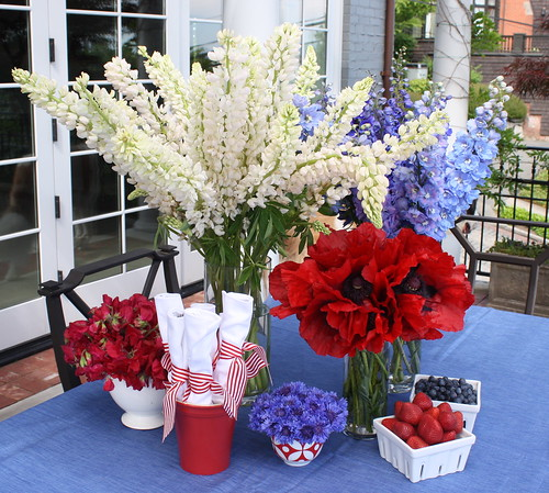 Floral Decorating Ideas: Fourth Of July Party Decorations