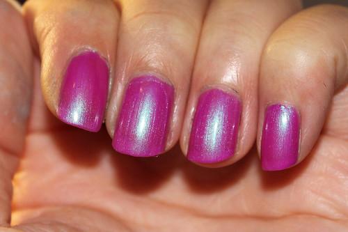 Color Club Ultra Violet (3/4 - flashed)