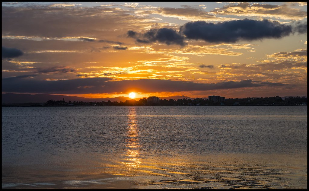 Sunset over Bramble Bay Woody Point -05=