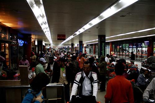 [Bangladesh] シャージャラル国際空港到着