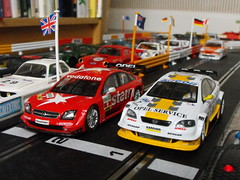 Opels (6) (Andy Reeve-Smith) Tags: astra opel scalextric gts vectra gtv8