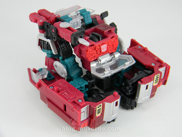 Transformers Perceptor United Deluxe - modo alterno microscopio