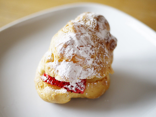 04-06 cream puff