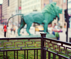 Happy Fence Friday {Chicago Bronzed Lion} Edition! (pixelmama) Tags: california sculpture bokeh artinstituteofchicago artmuseum chicagoillinois yellowtaxi hff bronzelions fencefriday bokehpeeps edwardkemey
