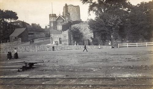 Arundel Tower, Town Walls, Western Esplanade / Bargate Street, Southampton. 1900s.