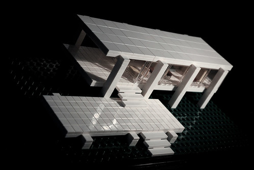 Farnsworth House Lego.