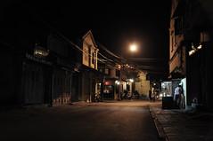 Hoï An by night (Nijule) Tags: street light urban night nikon lumière ombre vietnam ligt asie rue nuit 2011 d90 désaturation hoïan flickrchallengegroup flickrchallengewinner