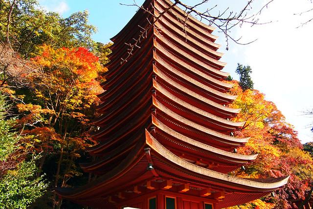 20101120_090838_談山神社_十三重塔