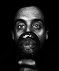 ºxº (A.Vale) Tags: blackandwhite white man black art portugal branco digital mouth lights eyes dof fingers olhos preto lips dedos duotone luzes boca homem lábios canon500d avale