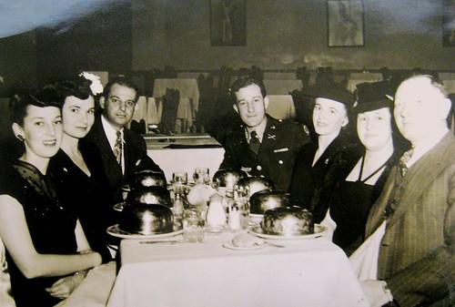 Celia,Mae,Jack,George,Roz,Freda,Sam-'43