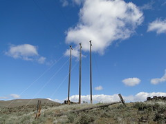 Powerline crossing on Yakima Skyline trail.