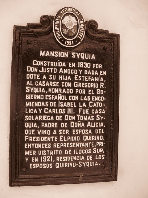 Syquia Mansion (1)