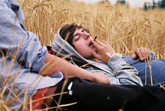 Hipster Teen boy cigarette (Froo') Tags: new boy broken dance adolescente smoke hipster teen chico cigarrete cirgarrillo