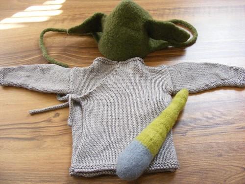 Baby yoda outfit