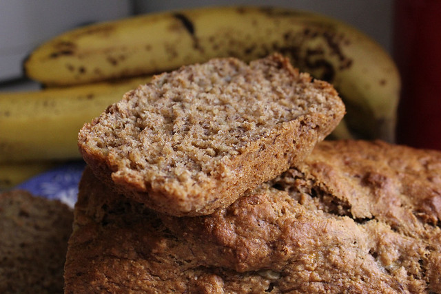 WHOLE GRAIN FAT FREE BANANA BREAD