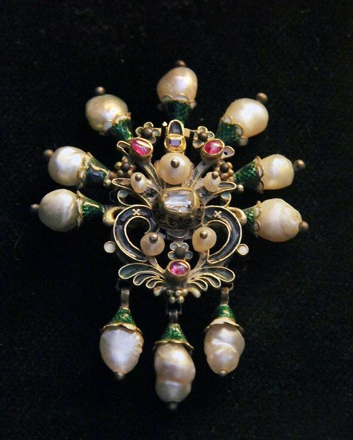 Hungarian, 17th century, Jewellery