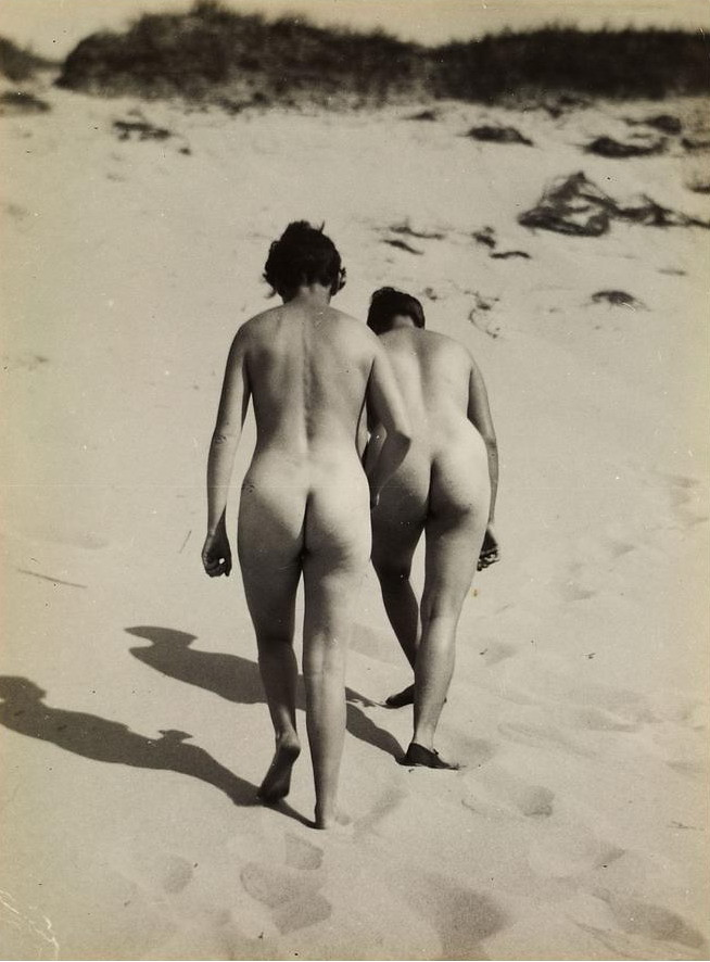 RAOUL HAUSMANN  TWO NUDES, BALTIC SEA  1930