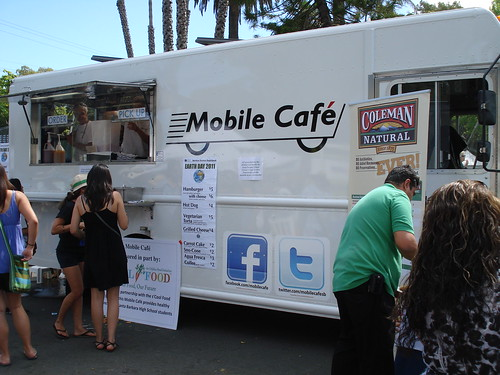 Mobile Cafe Food Truck by santa barbarian