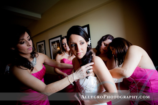 greek-wedding-spring-providence-ri- bride getting ready in suite at providence biltmore hotel