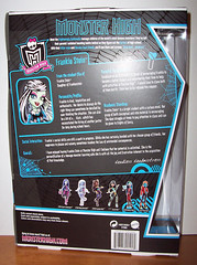 SO Frankie box back (Veni Vidi Dolli) Tags: dolls mattel schoolsout frankiestein monsterhigh