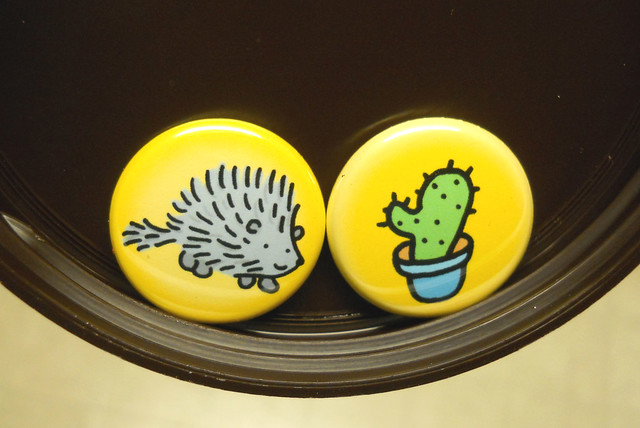 BUTTONS 6835