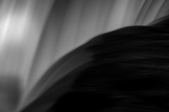 CN4A1085 - Horseshoe Falls (Syed HJ) Tags: horseshoefallsniagarany horseshoefalls niagarafalls niagara falls ny canoneos5dmarkiii canoneos5diii canon5diii canon 5d 5diii canonef70200mmf28lisiiusm canonef70200mmf28lisii canonef70200mmf28l canonef70200mm canon70200mm 70200mm blackwhite blackandwhite bw