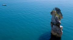 Il faraglione di Mattinata (michelecarbone900) Tags: mattinata foggia faraglione mare sea blu travel sonydschx50 minimalism