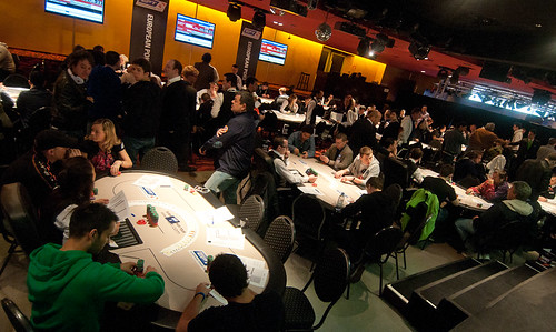 play poker in berlin